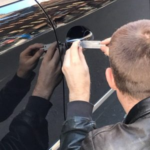 vehicle opening car lock picking london